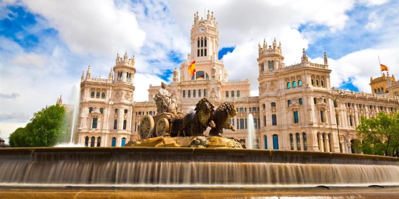 5 Tempat Wisata Terbaik dan Paling Populer di Eropa